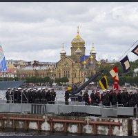 СПб в День государственного флага России :: Евгений Никифоров