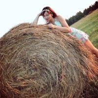 В поле :: Мария Шарунова