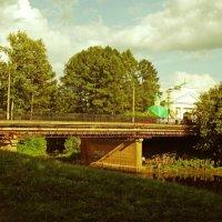 мост через реку  Тихвинку :: Сергей Кочнев