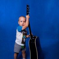 Я гитару настрою.. :: Виктор Твердун