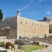 Угол западной и южной подпорной стены Храмовой горы :: Алексей Фишер