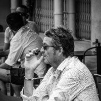 человек с сигарой :: Vasiliy V. Rechevskiy