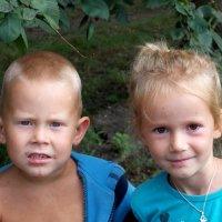 Братик и сестра - лучшие друзья-2 :: Фотогруппа Весна.