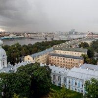 В Петербурге сегодня дожди. :: Сергей Костенко