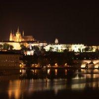Прага, Градчаны и Карлов мост ночью :: Артур Кочиев