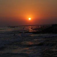 Закат у берегов Средиземного моря :: Lilit Oganisyan
