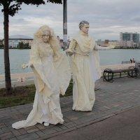 белые статуи :: Кэтрин Ли