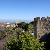 Вид с крепости Сан Жоржи на монастырь :: Надежда Гусева