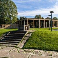 Лесное кладбище :: Андрей Роговой