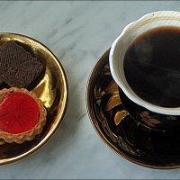Утренний кофе :: Нина Корешкова