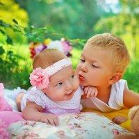 братик и сестренка :: Ксения Веселова