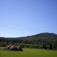 Дорога в горы :: Наталья Золотых-Сибирская