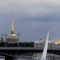 Под свинцовым небом Петербурга :: Вера Моисеева
