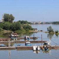 Река Бия. Лодочная станция. :: Олег Афанасьевич Сергеев