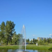 Плавающий фонтан. :: юрий Амосов