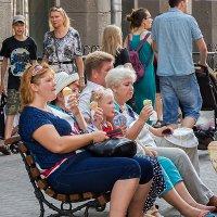 Лето, жарко... :: Владимир Гусев