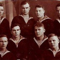 Моряки Черноморского флота. 1939 г. :: Нина Корешкова