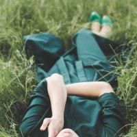 Каждый счастлив ровно настолько, насколько он умеет быть счастливым. :: Натали Гельм