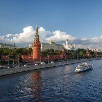 Кремлин или Краски вечернего Кремля :: Павел Myth Буканов