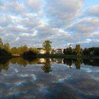 Облака в реке :: Наталья Левина