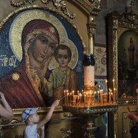 А мы совсем не замечаем, как близко ангел у плеча :: Ирина Данилова