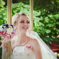 Невеста :: Лоретта Санина