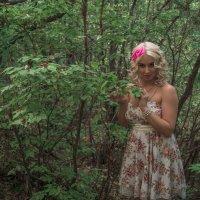 прогулка по лесу :: Людмила Мозер
