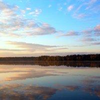 В воду смотрятся облака... :: Cергей Павлович