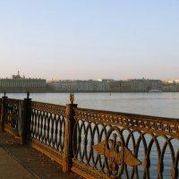 Река Нева :: Владимир Гилясев