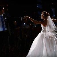 Свадебный танец :: Сергей Щеглов