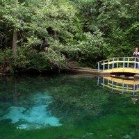 Голубое  озеро :: Иля Григорьева