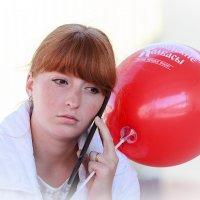 девушка с шаром... :: Сергей Серый