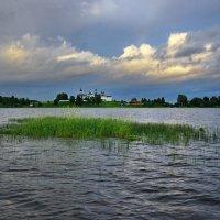 Озеро успокаивается :: Валерий Талашов
