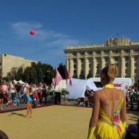 Игры с гравитацией и грацией :: Ирина Сивовол