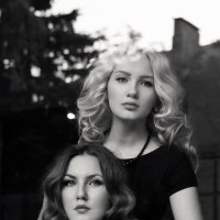 Катя И Даша :: Alina Golovkova