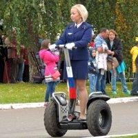 ,,Еду на штраф стоянку за своим трамваем,, :: Вик Токарев