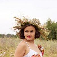 девушка в поле :: Юлия Кукушкина
