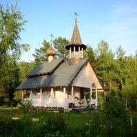 церквушка у дороги , ухоженная :: Svetlana AS