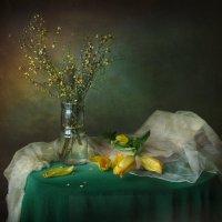 В жёлто-зеленых тонах. :: lady-viola2014 -