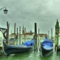 Дождливое утро в Венеции :: Наталья Рыжкова