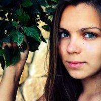 eyes!! :: Ann Jx