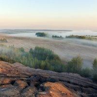С высоких гор спускается туман... :: Анатолий 71