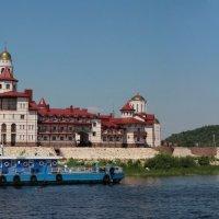 Мужской монастырь :: leoligra