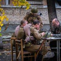Война войной, а..... Реконструкция боев в Берлине :: Марк