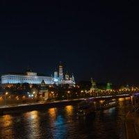 Ночь. Москва. Кремль. :: Андрей Воробьев