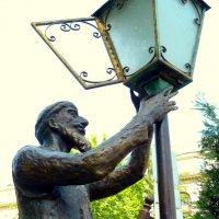Тбилиси. Памятник фонарщику. :: Игорь