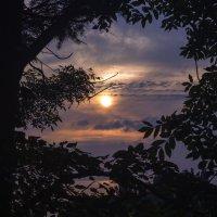 Где-то там закат с прибоем :: sorovey Sol