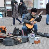 Уличный музыкант :: Сергей F