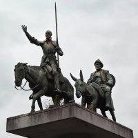 Памятник героям Сервантеса в Брюсселе. :: Cергей Павлович