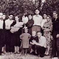 Соседи. 1959 г. :: Нина Корешкова